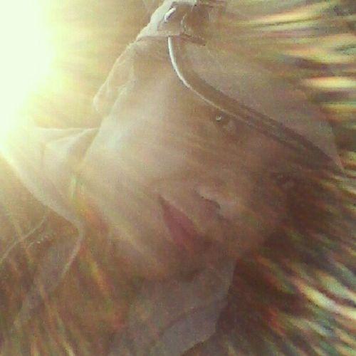 No effect..sitting in my car and sun hitting my face Suneffect Sun Myself Face
