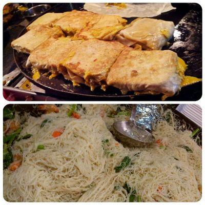 Dinner ala pasar malam Dinner Murtabak BihunGoreng Foodstamping foodporn instafood
