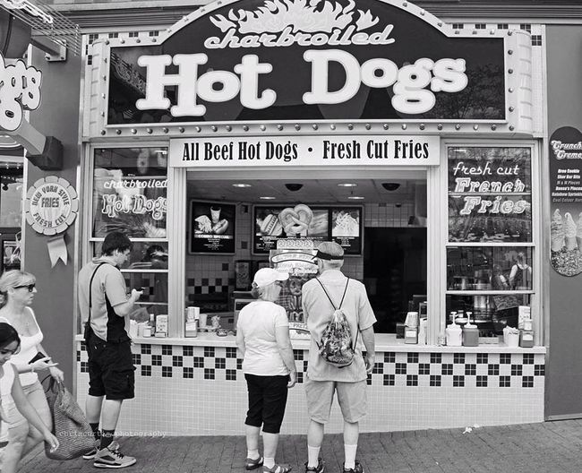 Hot dogs and fresh-cut fries Niagara Falls Text Advertisement Bakery Buying Outdoors City People Ice Cream Parlor