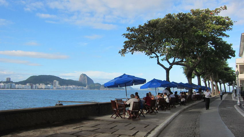 City Life Cloud Cloud - Sky Copacabana Fort Day Group Of People Large Group Of People Leisure Activity Lifestyles Mixed Age Range Mountain Nature Outdoors Person Relaxation Sky Sugar Loaf Tourism Tourist Travel Destinations Tree Vacations Water