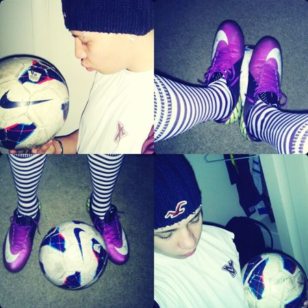 there one thing you dont know about me !!! AM A SOCCER PLAYER !!