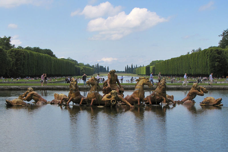 Apollo fountain at gardens of versailles