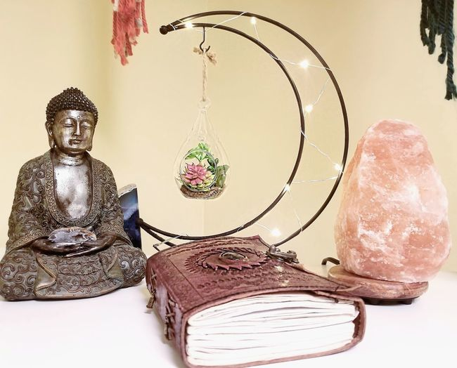Zen Space Statue Close-up Sculpture Buddha Art Female Likeness Idol