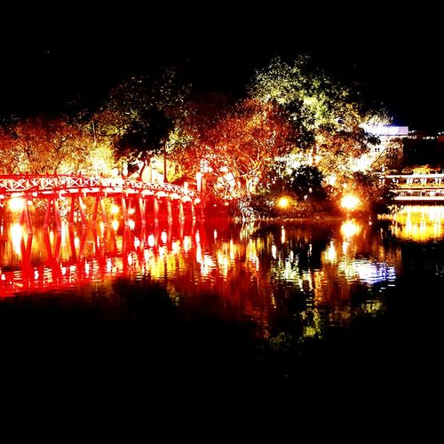 Bridge At Night Hanoi Light Reflection Water Red Red Reflection