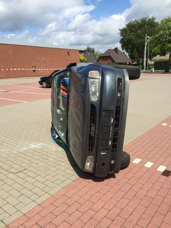 Check This Out Rescue Taking Photos Unfall Auto Car Perspective Perspectives ShitHappens Feuerwehr Training Firefighter