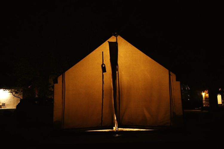 Cabin Tent Light Light And Shadow Lights Glowing Glow Orange Safari Tent Nature Night Night Time Outdoors Adventure Free