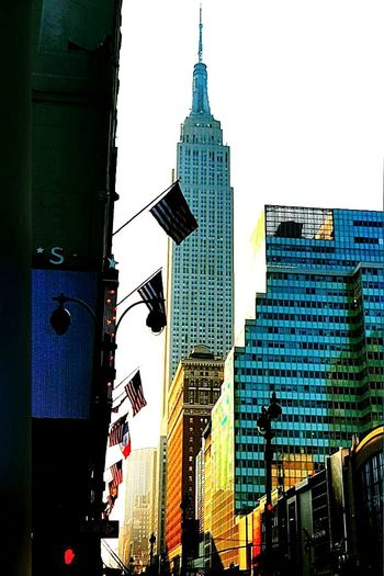 First Eyeem Photo NYC LIFE ♥ Cityscape Travel Destinations EyeEmNewHere Illuminated Nyclife Empiretower Empire Of Lights Skyscraper Arts Culture And Entertainment