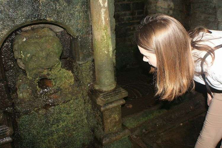 Taking Photos Hanging Out Spooky Atmosphere Ghosts Green Inside Holy Well Building Lancashire GHOST GIRL Looking Inside Girlfriend
