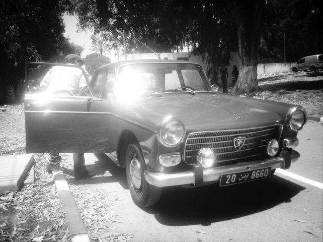 Beautiful! Peugeot Anticcars Peugeot404 Blacknwhite