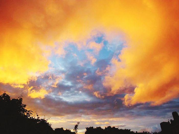Sunset Sky Brightcolors Orange Blue Shillouette England🇬🇧 Walsall