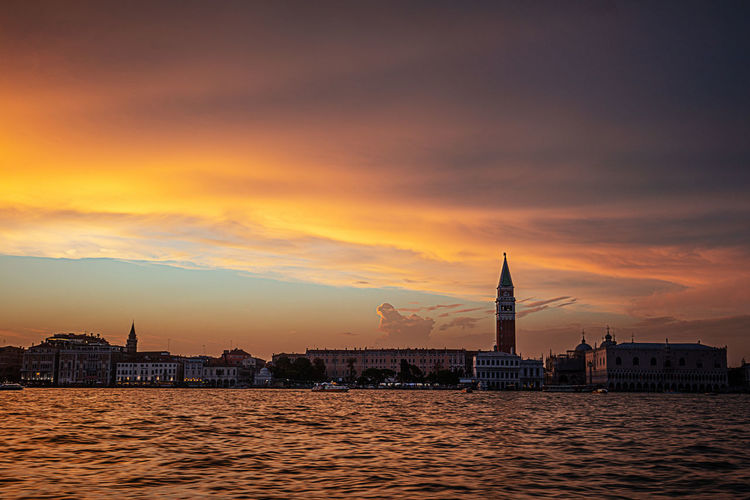 Canale Grande Red Venedig Venice, Italy Canal Coluds Red Color San Marco Sunset
