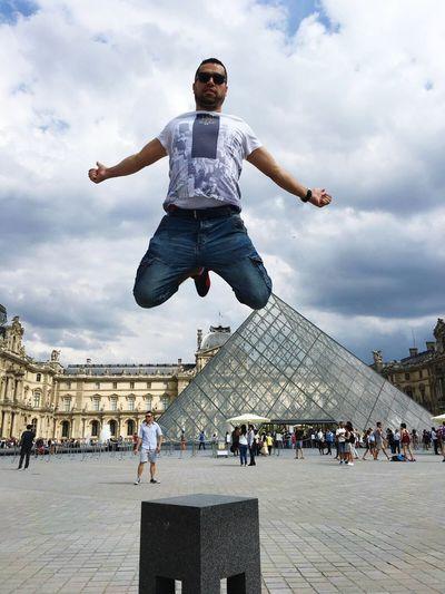 Louvre Louvre Museum Flying That's Me Hello World Enjoying Life Having Fun Paris France Hello World Syrian My That's Me Followme Turkey Cairo Istanbul Chefs Chef Elkhaldy Eygpt Mohamad Alkhaldy Arabian Relaxing