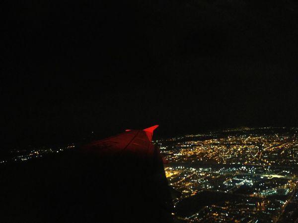 #Plane #planeview #airplane #airplane View #Bogota #Colombia #bogota #Night #nightphotography #aerialphotography #citylights
