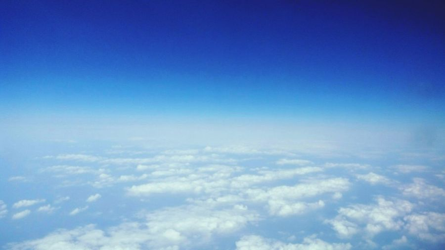 Shot Half&half Half And Half Happy :) Comebackhome Afternoon Sky EyeEm Best Shots Catch The Moment Endless Extend Boarden Hi! The Week Of Eyeem Things I See Wonderful Taking Photos Enjoying Life Bluesky 🌈🌈🌈 Blue Sky Planeview Planes In The Sky Planespotting Cloud Clouds And Sky Pic