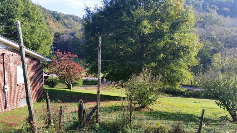 Who wouldn't want to live here??? Woodbury TN Home Sweet Home