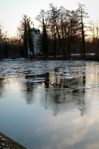 Water Reflections Waterscape Showcase: January January2016 It's Cold Outside Freezing From My Point Of View Sunset Urbanexploration Frozen Lake Frozen Nature Frozen Water Frozenriver EyeEm Best Shots EyeEm Nature Lover Teahouse Chastle My City My Fuckin Berlin Berlin Urbandecay Wintertime Winter No People Eye4photography
