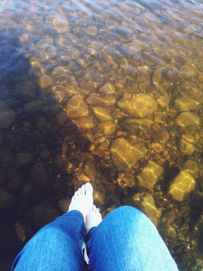 Ну да, ноги, зато на меня это фото навивет воспоминяния о солне, реке, ветре и свободе Relaxing Relax Photo Mein Dorf Früling