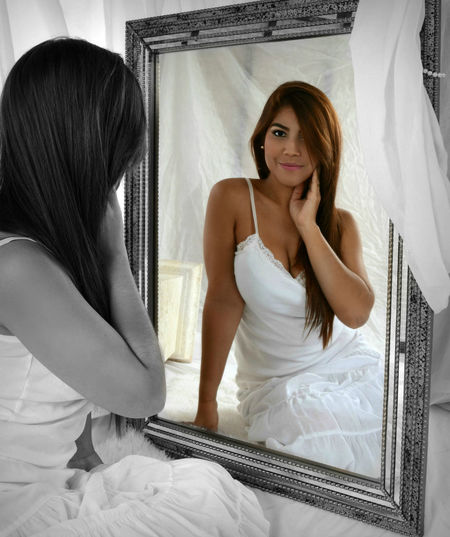signed release on file Always Be Cozy Beautiful Woman Beauty Bedroom Bride Color Splash Cozy At Home Healthy Lifestyle Indoors  Life Events Long Hair Mirror My Year My View One Woman Only Reflection Reflections Thinking Thinking About Life Wedding Day Young Women