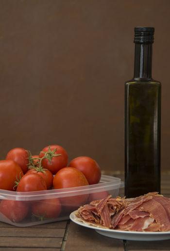 Tomatoes, ham,