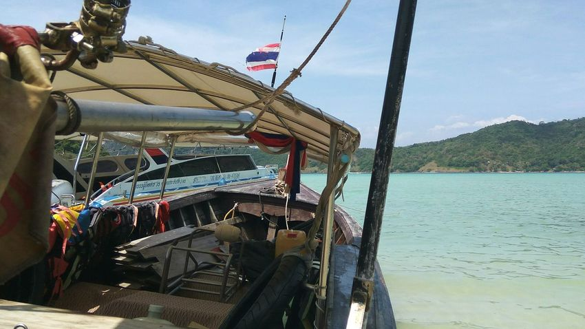 Sail the ocean till forever- Pho Phi Don Island, Krabi (Feb, 2017) Thailand🇹🇭 Krabi Travel Destinations Travelling Travel Photography Water Sea Outdoors Day Nature Perspectives On Nature Be. Ready. EyeEmNewHere