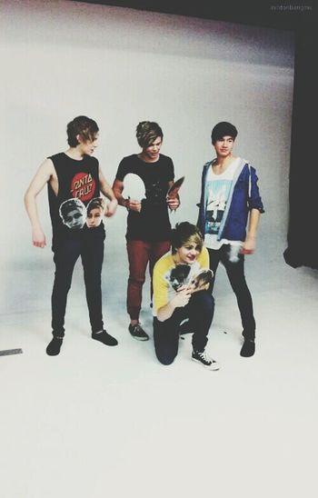 Michael, Calum, Luke & Ashton 5SOS Love ♥