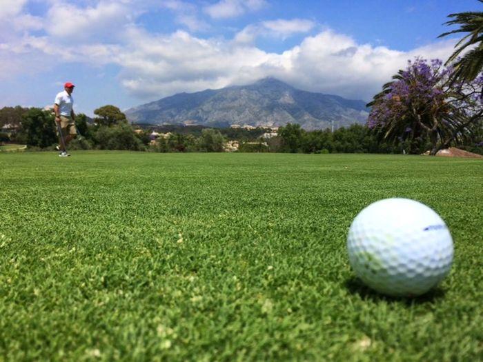 Golf ..