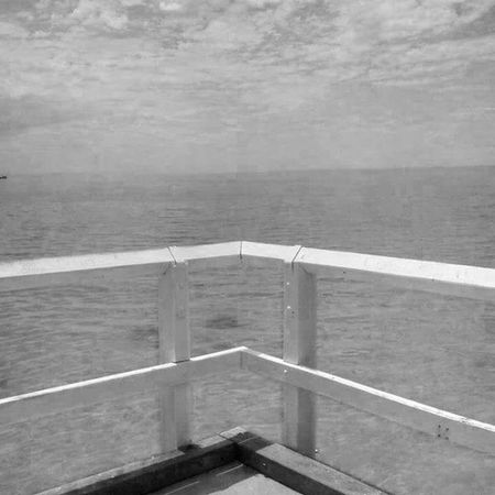 A Kind of orizon Australia WestCoast Ocean Geometric Orizon