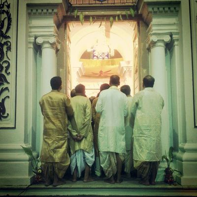 Maha Asthami at Laha Baadi. Traditional Raaj baadi pujos are the best. Durgapuja Kolkata Incrediblecalcutta