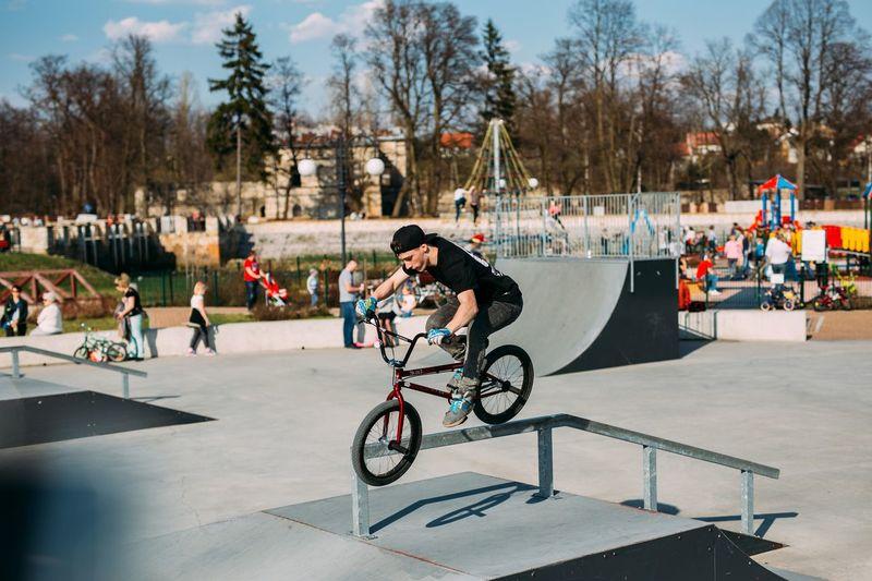 Skatepark W Wąchocku Cycling Bicycle Jumping Sport Bmxporn Sports Photography Bmxforlife Bmx  Brickproduct Bmxphotography Mtblife MTB Bmxstyle Bmx Is My Life MTB Biking Bmxlife Extreme Sports Sports Skatepark Skate Park Skateparks  City Crowd Fotografia