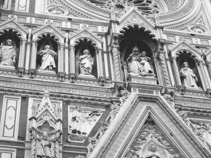 Europe Trip Florence Italy Blackandwhite Old Building Exterior Old Buildings Architecture Medival City Old City Building Church catholic church exterior Statues Exterior View Old Medival Church Duomo Di Firenze Duomo Florence