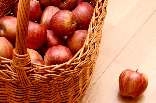 Apple Apple - Fruit Apples Close-up Day Food Food And Drink Freshness Fruit Group Of Objects Healthy Eating Nature No People Raw Food Red Red Apple Red Apples Wooden Background Wooden Desk Wooden Floor Wooden Table