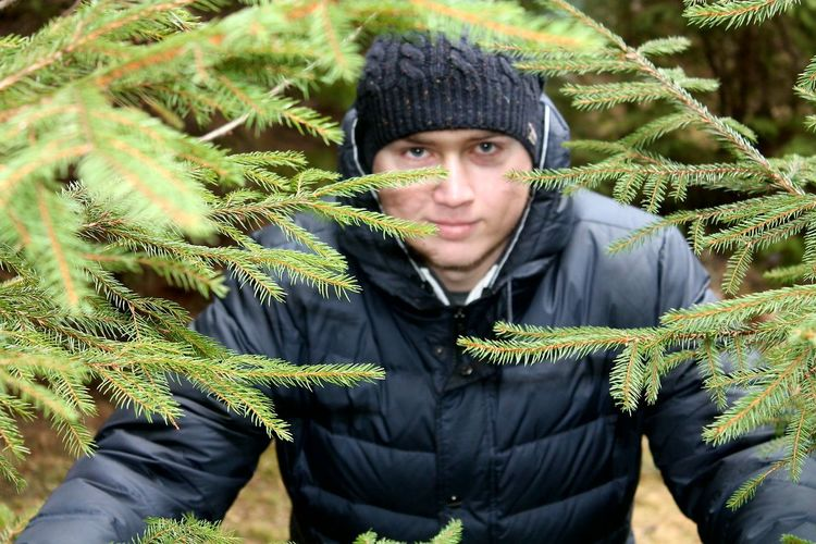 Looking Portrait Winter Nature Green Color One Person Men Only Men One Man Only Beauty In Nature Outdoors Close-up Day Carpathian Nature Carpathian Mountains Karpaty Travel Destinations Carpathians Ukraine Carpaty EyeEmNewHere Tree Nature
