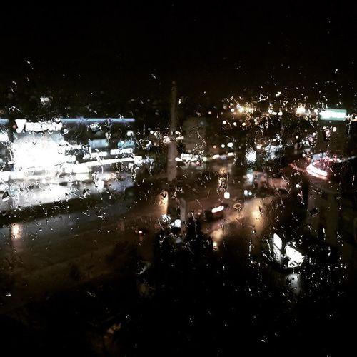 Rain Kievwinter Raindrops Дождь Киев такаязима каплидождя вродескороновыйгод