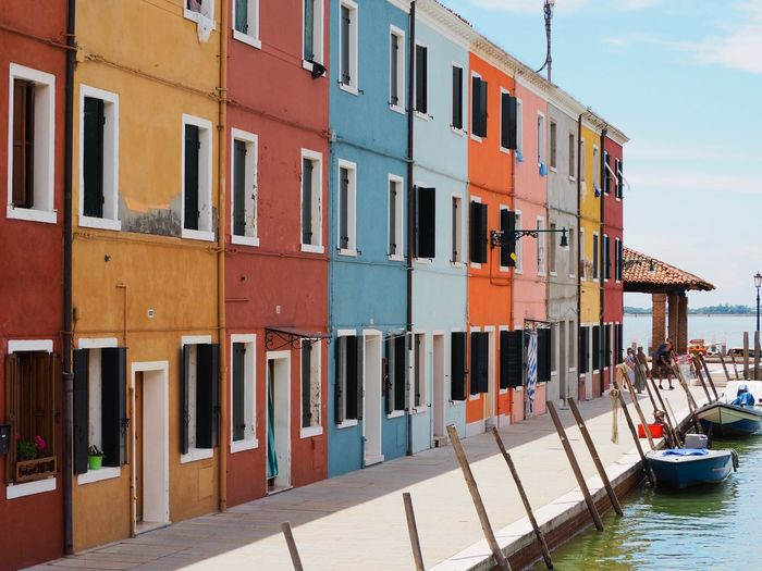 Summer colours Colourful The Traveler - 2018 EyeEm Awards Boat Burano Canal Homes Rainbow Travel Destinations Vacation