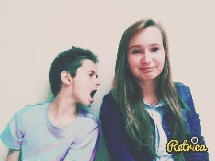my brother wants to eat me :( Weird My Little Brother ❤ Retrica