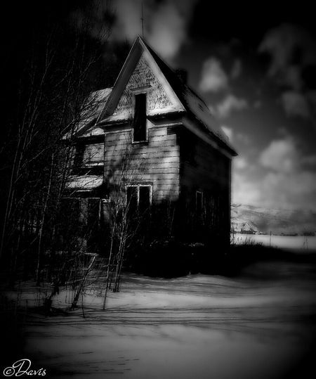 Blackandwhite Dark Houses Creepywindowsunday EE_Daily: Black And White Sunday