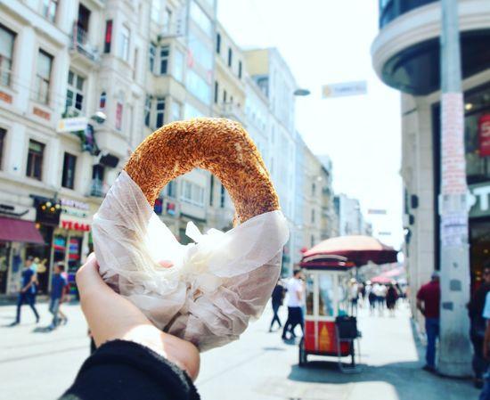 Just SIMIT 😉 Turkey Istanbul Taksim Simit Simitçi Food Streetphotography Streetfood