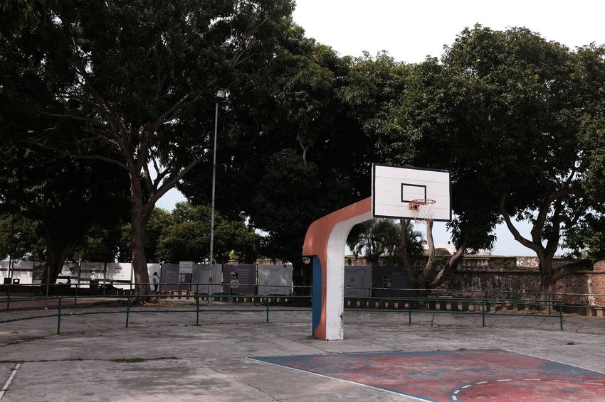 Walking around Fort Cornwallis Park in George Town, Penang, Malaysia. Georgetown Penang Basketball Basketball - Sport Basketball Hoop Court Day No People Outdoors Penang Malaysia Playground Sky Sport Tree