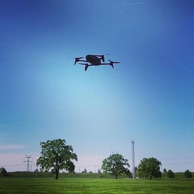 Guess what I'm doing on such a sunny Sunday afternoon... Parrot Bebop2 Quadcopter 🚁 🎮