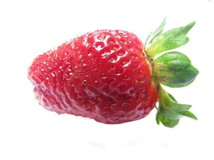 fresa White Background Fondo Blanco Fragility Fresas 🍓 Fresas Png Sin Fondo Fresa Calado Fruta Frutas Canon Red Fruit Freshness Food Food And Drink No People Healthy Eating