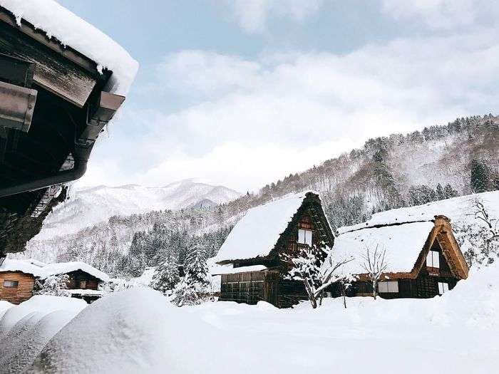 Snow Winter Cold Temperature Weather Mountain Nature Frozen Sky Outdoors Beauty In Nature Cloud - Sky Mountain Range Snowcapped Mountain Scenics Day Extreme Weather No People Building Exterior Architecture Ski Lift EyeEmNewHere WeekOnEyeEm Japan Travel ASIA