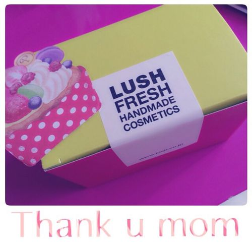 Mothersday Gift Lash Facewashing With Letters Thankyou Mom Love