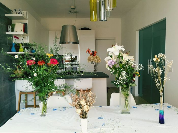 Flower Vase Indoors  Table Bouquet Chair No People Day Living Room Kitchen Interior Design Modern House Flowers Happiness Spring Summer Happy House