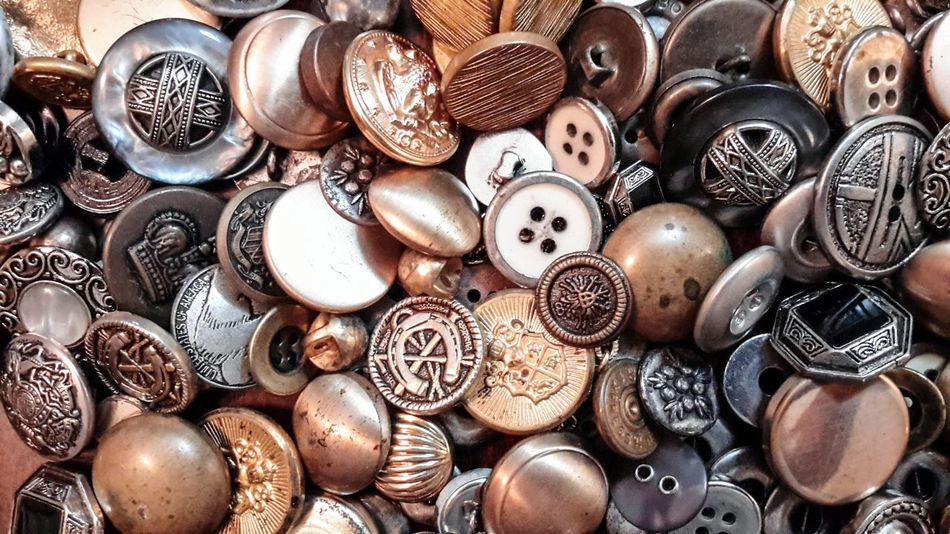 steampunk and buttons Buttons Steampunk Textures Sewing Vintage Super Retro Treasures Metallic Full Frame Lieblingsteil