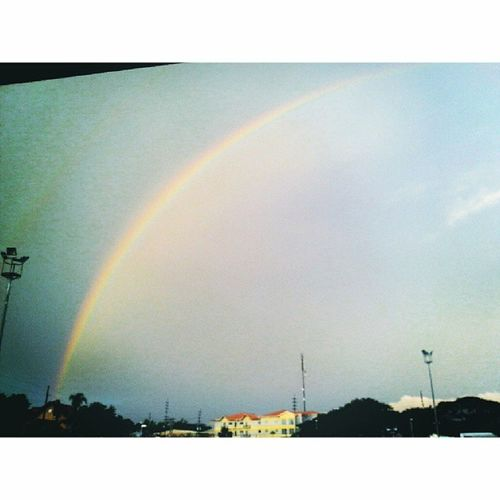 That rainbow. ♥ Gift ni papa god sakin. :) thankyoy po lord for everything. Sa lahat lahay ng blessings. Thankyou sa aking family na ever supportive and anjan para sakin lagi. At sa friends ko na hinding hind nakakalimot at hindi ako pinapabayaan. hihi Birthdaykoeh 15beybeh