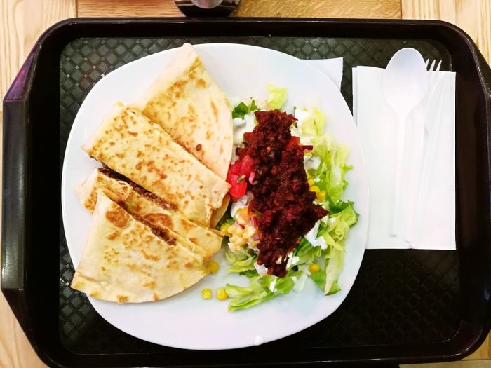 Gastronomy Gastro Food Foodporn Quesadilla Chipotle Beef Mexican Food Mexican Budapest, Hungary Restaurant