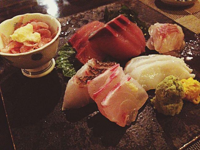 Seafood Sashimi  Enjoying A Meal 四ツ谷