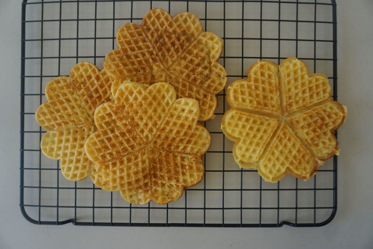waffles Waffle Waffles!! Waffle Time Sweet Food Food Directly Above Top View White Background Homemade Fruit Yellow Cooling Rack Close-up Sweet Food Food And Drink Waffle Grid Served