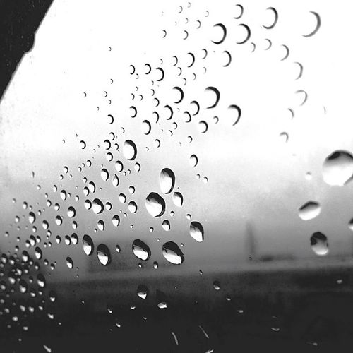 raindrops Webstagram 白黒 Rain Raindrops Blackandwhite Shadow Window Japan Monochrome Bw Iphoneonly Photooftheday RainDrop Picfx モノクロ Instaaaaah