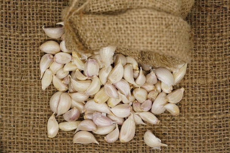 Rain Close-up Eat Food And Drink Garlic Healthy Eating Sac Sack Bag